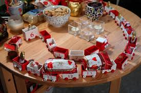 train food red dessert cake advent decoration gifts toys packed nicholas surprise wooden train