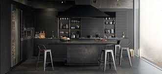 zwarte muren in huis