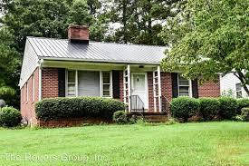 3 br, 1 bath House - 907 Avis Lane - House for Rent in Henderson, NC |  Apartments.com