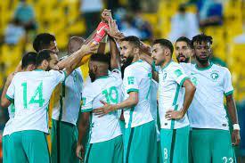 ما هي القنوات الناقلة لمباراة السعودية وعمان في تصفيات كأس العالم 2022؟