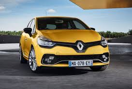 2018 renault. exellent 2018 initially revealed back in july last year the 2018 clio rs is  distinguished by vision led lights with chequered flag design lower down with renault