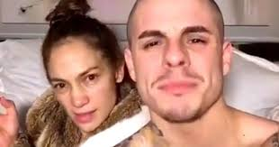 jennifer lopez goes makeup free for whiteanthem dubsmash video huffpost canada