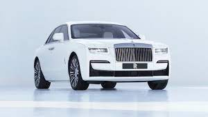 From the world's pinnacle motor car phantom to the bold attitude of black badge and beyond. Rolls Royce Motor Cars Inspiring Greatness