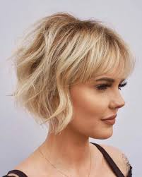 45 best short hairstyles for thin hair