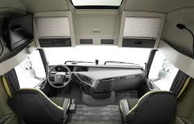 2018 volvo truck.  volvo white volvo truck video find u0027s new semi stops itself just  shy of a   on 2018