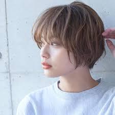 丸顔女子専用パーマショートヘアスタイル前髪あり前髪なし黒髪
