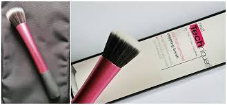 real techniques stippling brush by samantha chapman reviews