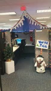 images office cubicle christmas decoration. here are the 15 cool christmas cubicle decorating ideas to bring in festive cheer and make it beautiful read on know at new love times images office decoration