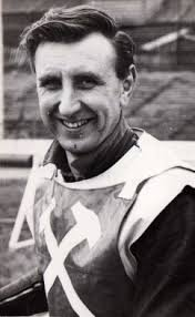 Points Record. 1966 British League M8 R19 Pts8 BP3 TPts11 Ave2.316 - Stone%2520Terry-1