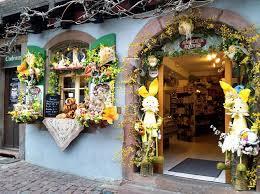 Как отмечают Пасху во Франции местные традиции и обычаи Не забудьте купить туристическую страховку в поездку