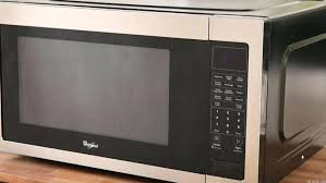 quiet countertop microwave whirlpool microwave special but it gets the job done countertop microwaves reviews ratings top rated countertop microwave ovens
