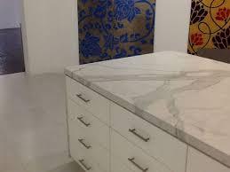 47+ Gorgeous Porcelain Slab Countertops Design Ideas For Awesome Kitchen
