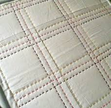 Best 25+ Hand quilting designs ideas on Pinterest | Hand quilting ... & colored thread hand quilting------Wow, wow, wow, some amazing hand quilting.  My hand is not nearly that consistent yet. Adamdwight.com