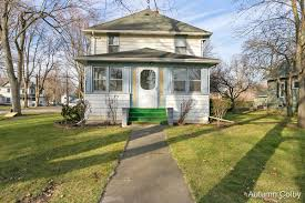 Weichert realtors is one of the nation's leading providers of carson city, michigan real estate for sale and home ownership services. For Sale 120 W Pine Street Carson City Mi 48811 5 Beds 1 Full Bath 1 Half Bath 110 000 Mls 21015156