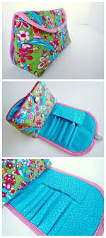 genius bag that bines the cosmetics bag and the brush roll all in one has a free pattern and tutorial you can and a step by step video as well
