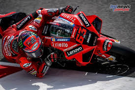 The motogp video pass is available for an annual fee of 139.99 euros. Zzbozacj8 Hejm