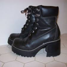 skechers boots womens. chunky platform boots by skechers womens size 7