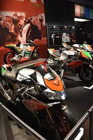 more than one second faster than before the primary goal followed during development of the new aprilia rsv4 in both available versions rsv4 rr and rsv4