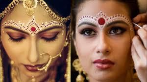 Bridal Kumkum Bindi Designs Bengoli Bridal Bindi Design Ideas Liquid Bindi Design For Brides Full Head Bindi Design