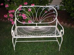 vintage garden love seat comes with white seat cushion 2 in stock diy hire 65