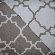 Max Studio Home Lawrence 3 Piece Full Queen Quilt Set - Floral ... & MAX STUDIO Grey White Geometric Trellis Quatrefoil FULL QUEEN QUILT 3p SET Adamdwight.com
