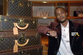 louis vuitton picture of himself. how do you feel about these shocking claims of racism against louis vuitton? vuitton picture himself g