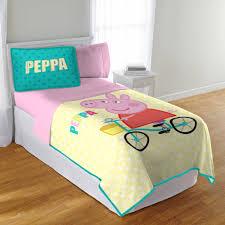 Peppa Pig Bedroom Decor Peppa Pig Tf Quilt And Sham Walmartcom