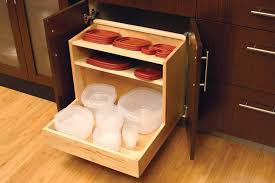 easily tupperware plastic or glass containers and lids in a roll out