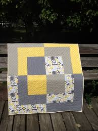 Big Baby Bento Box Quilt Free Tutorial | ronda's creations & I knew I had to figure out how to make this quilt, and I decided to share  the pattern with you so you can make it too! Here is the finished quilt: Adamdwight.com