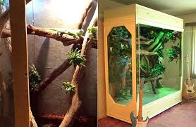 branches and vine decor in iguana cage