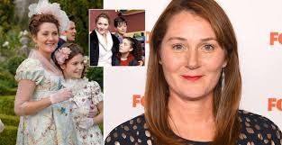 Who is in the cast of my mum tracy beaker? Who Plays Lady Violet In Bridgerton And Was She In Tracy Beaker Heart