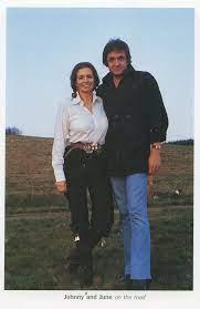 June Carter Cash and Johnny Cash | Johnny cash, Johnny and june, Johnny cash  june carter