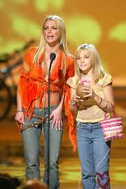Britney Spears Criticizes Her Sister ...