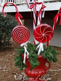 Outdoor Christmas Decorations Candy Canes Outdoor Christmas decor The Grinch Christmas Decor 16