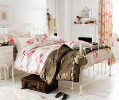 antique bedroom decor. Bedroom Interior Design Shew Waplag Architecture White Wall Paint Iron Bedstread Wooden Laminte Flooring Vintage Ideas Antique Decor