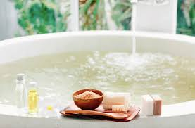 there are a variety of baths that are used to offer skin relaxation and detoxification and vinegar baths are the most commonly used globally