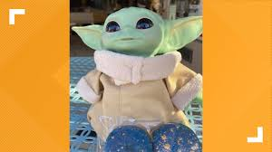 Where to find 'Baby Yoda' macarons in St. Louis | ksdk.com