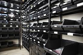 units made in in the u s in both used and new we have heavy duty and light duty storage systems that are manufactured from cold rolled steel for