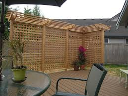... privacy screen; Shade Runner Pergola Style with Thick Lattice ...