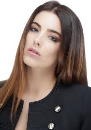 charlotte atkinson e dowling makeup artist