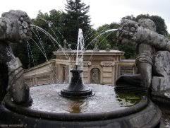 Risultati immagini per caprarola palazzo farnese fontane
