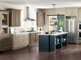Diamond Vibe Cabinets 19 Best Images About Transitional Kitchens Diamond At Lowes On