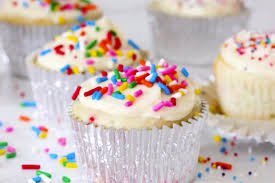 Easy Birthday Cake Cupcakes More Low Calorie Cupcake Recipes