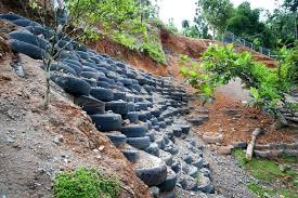 tire retaining walls
