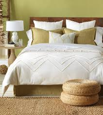 white duvet cover queen with ottoman and rug