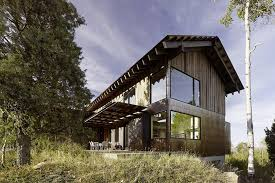 Modern mountain house exterior cladding