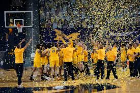 The official facebook page of michigan basketball. No 2 Michigan Clinches Big Ten Beats Michigan State 69 50 National Newspressnow Com