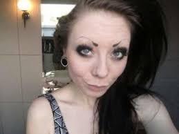 ужасные брови как меняется лицо из за неудачного татуажа фото