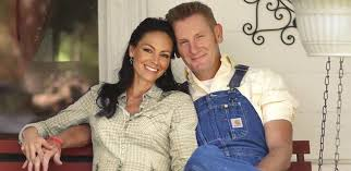 Billboard Music Video Chart News Grammy Nominated Country Music Couple Joey Rory Land