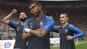 PES 2019 Lite Offers a Stripped Down Version of the Full Game ...